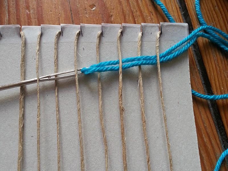 Diy muurdecoratie weven flowers feathers for Zelf muurdecoratie maken